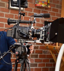 """David Landau, """"Project Runway All Stars"""" Gaffer, FDU Film Professor, and Five-Time Telly Award Winner for Lighting and Cinematography Receives 2016 Teaching Award from the UFVA"""