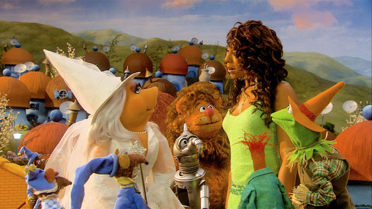 Muppets Wizard of Oz, Walt Disney Company, Directed by Kirk R. Thatcher. Miss Piggy the Good Witch meets Dorothy, Kermit and friends.